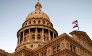 2013_Ben_Swann_Texas_guns