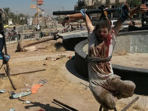 2013_Breitbart_ISIS-Crucifixion-Daily-Mail
