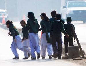 2013_Drudge_Pakistan_schoolchildren