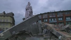 2011_Drudge_Nepal_Super_Quake