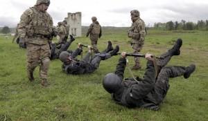 2011_Yahoo_News_Ukraine_troops