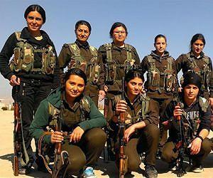 2016_Yahoo_News_Female-Kurdish-soldiers