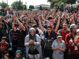 2016_Breitbart_Soros_turkey-migrants-640x480