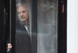 2016_drudge_assange_internet
